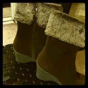 Plush Leather Quarter Length boots